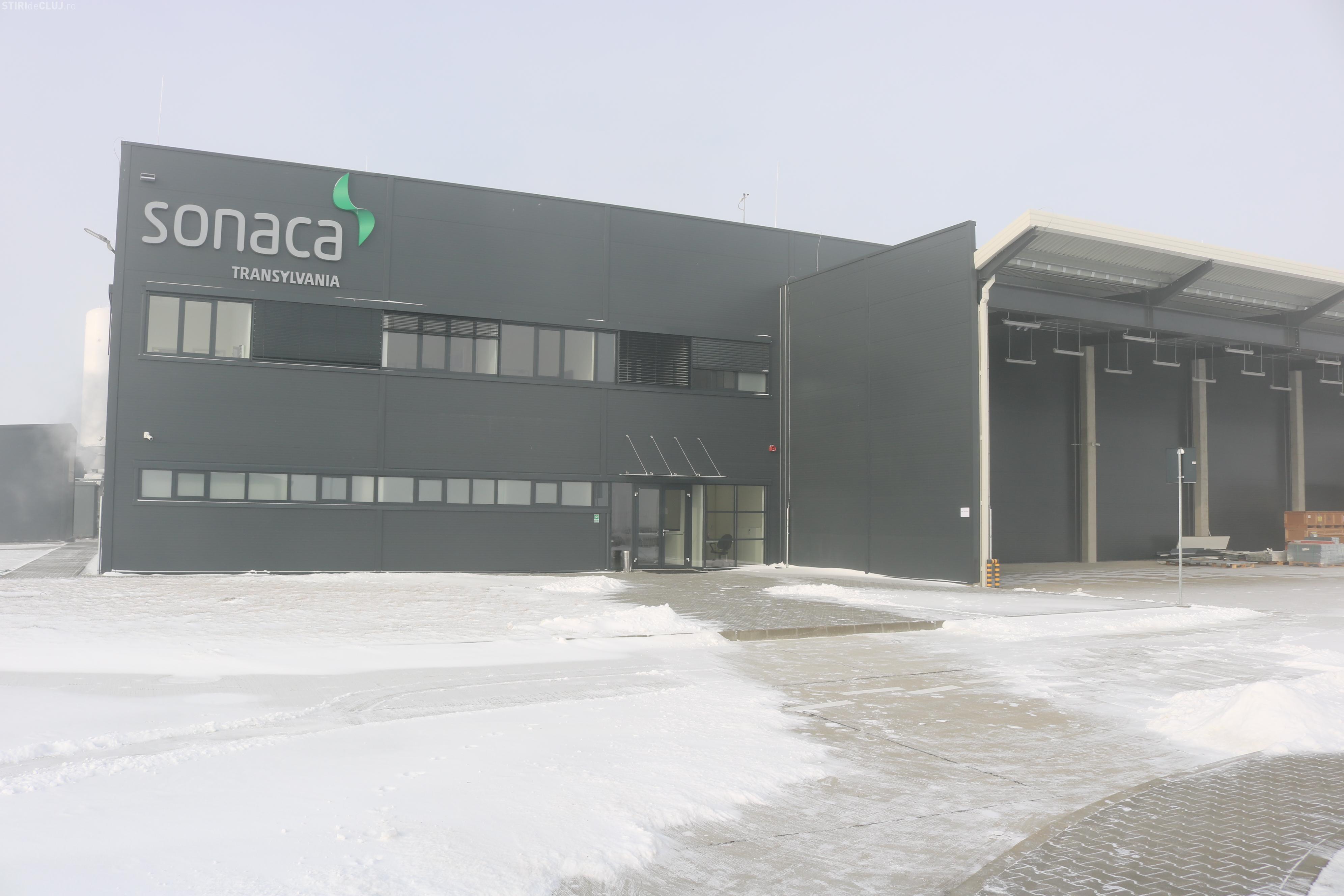 Fabrica Sonaca, producător de componente pentru aripile avionalelor Airbus, se deschide la Turda
