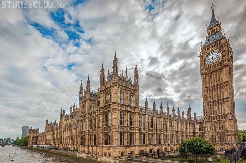 Statul islamic a revendicat atentatul de la Parlamentul Britanic. Doi români au fost răniți