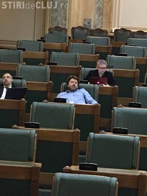 Mihai Goțiu explică noile acuzații că a adormit în Senat: Sunt acuzat pentru că incomodez