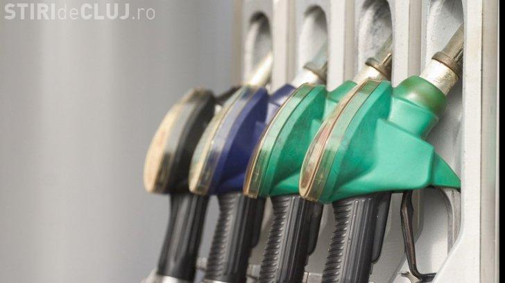 Consiliul Concurenței investighează prețul carburanților. Au depășit media europeană