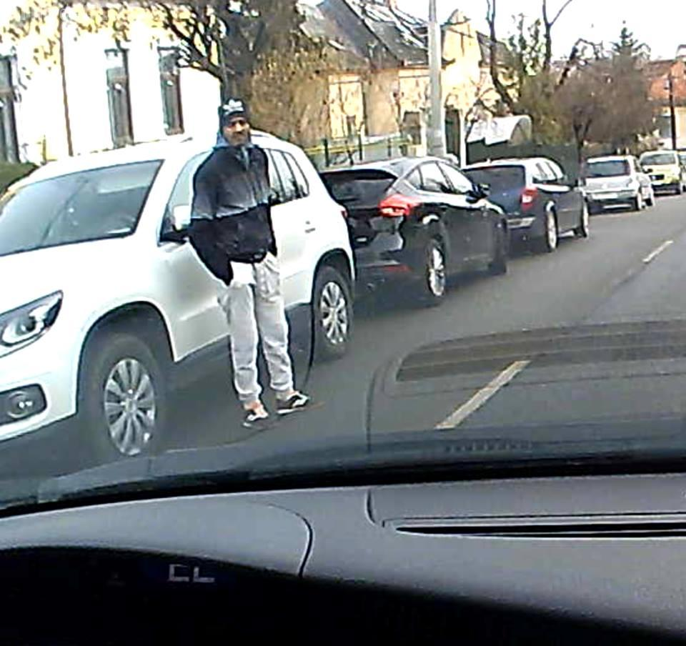 Spărgători de mașini filmați în cartierul VIP Andrei Mureșanu. Cine îi recunoaște? - VIDEO