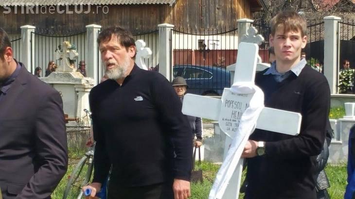Imagini de la inmormantarea micutei alpiniste Dor Geta Popescu