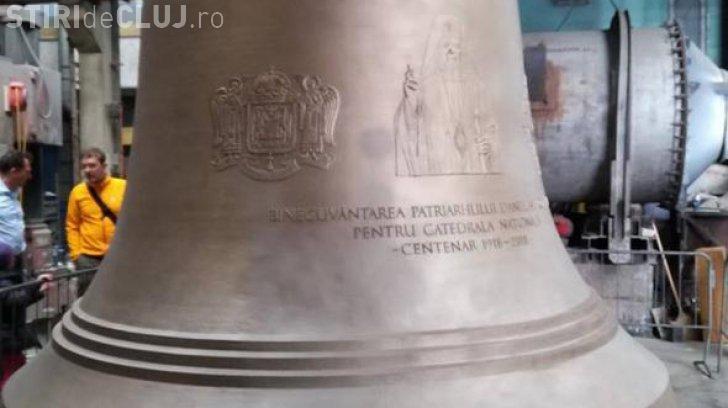 Pe primul clopot de la Catedrala Mântuirii Neamului apare chipul Patriahului Daniel