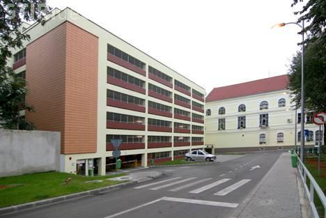 Primăria Cluj-Napoca recunoaște că parkingul Moților se blochează zilnic