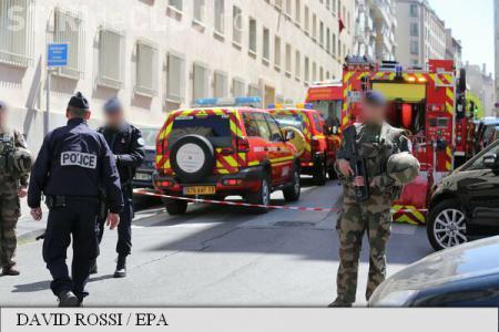 Atentat dejucat de forțele de ordine în Franța. Polițiștii au găsit 3 kg de explozibil și steaguri ISIS