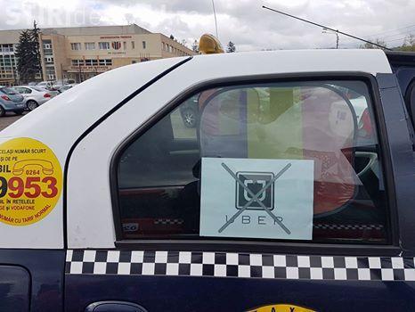 Taximetriștii din Cluj-Napoca, protestează împotriva Uber - VIDEO