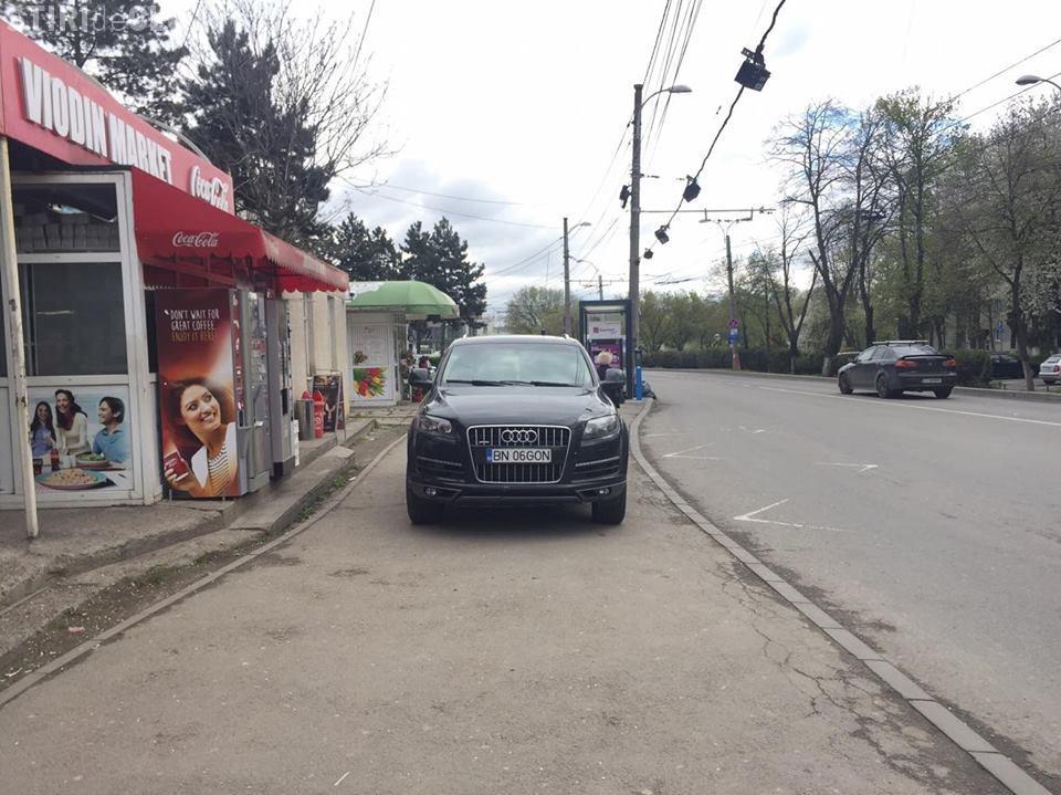 Cluj - Așa parchezi când ești BOSS! Un clujean i-a blocat calea - VIDEO
