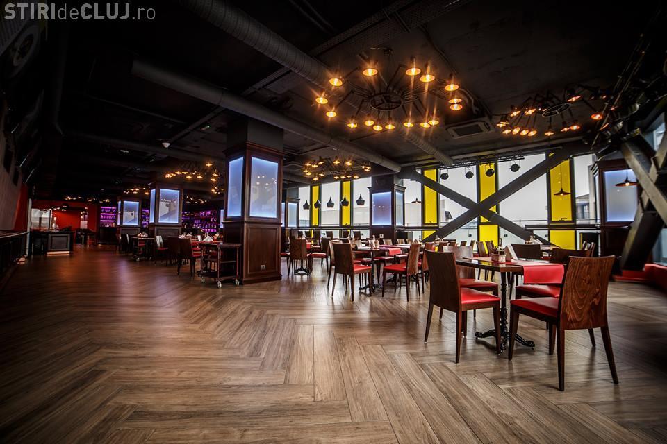 A fost inaugurat oficial cel mai nou restaurant din Cluj-Napoca, în Piața Mihai Viteazu. Vezi cum arată Bistro wEBSite FOTO