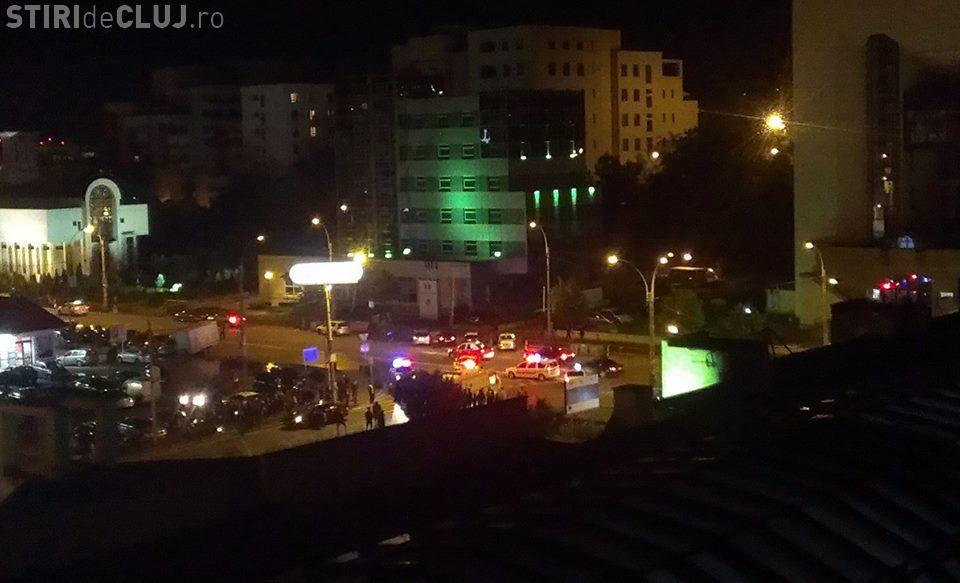 Accident pe Dorobanților. O șoferiță a lovit în plin pietonii. Un voluntar al Crucii Roșii a dat PRIMUL AJUTOR