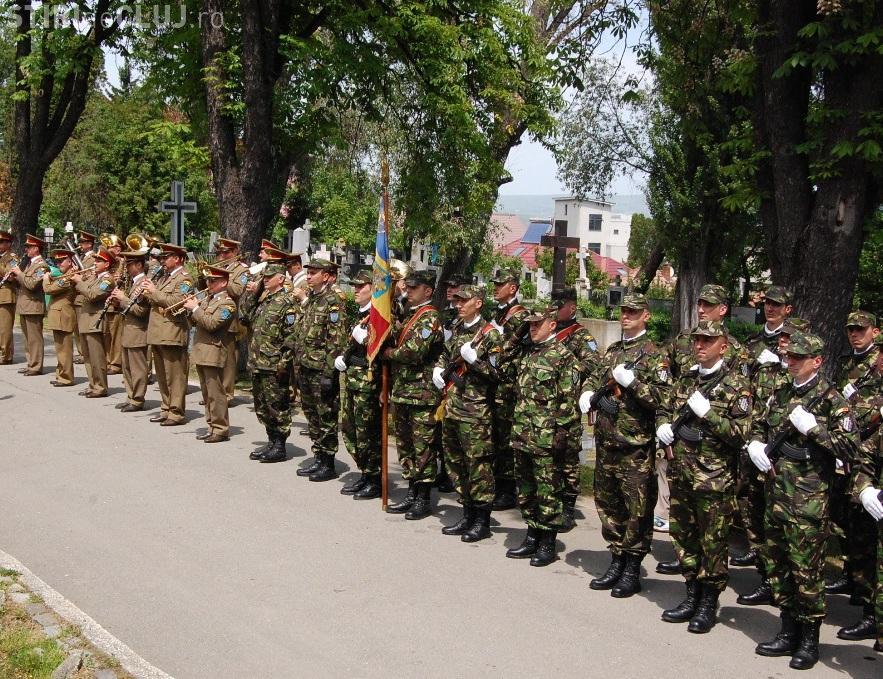 Evenimente speciale la Cluj, de Ziua Eroilor. Vezi ce organizează armata