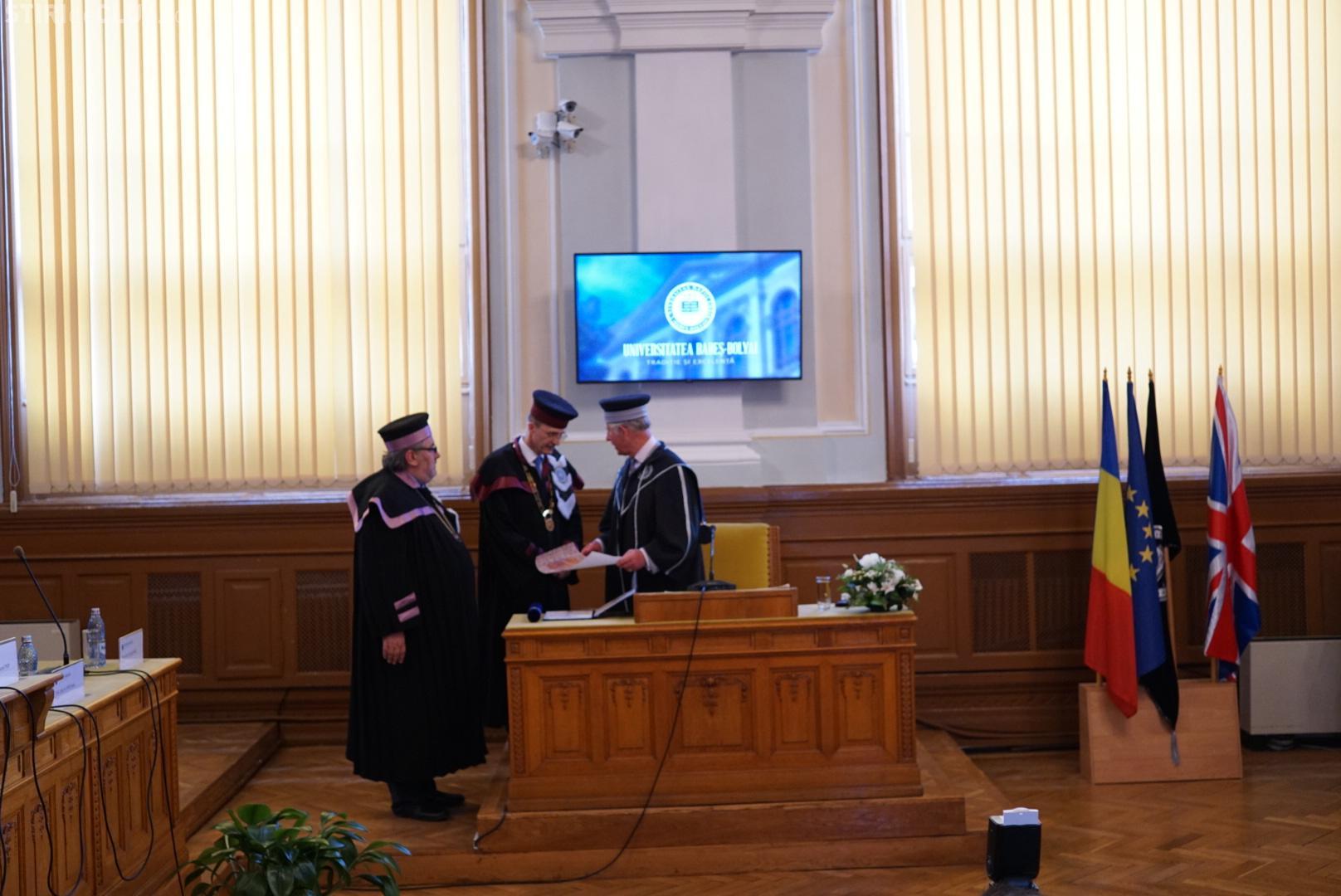 Printul Charles a devenit Doctor Honoris Causa al UBB: Am fost întrebat ce mă atrage în România...