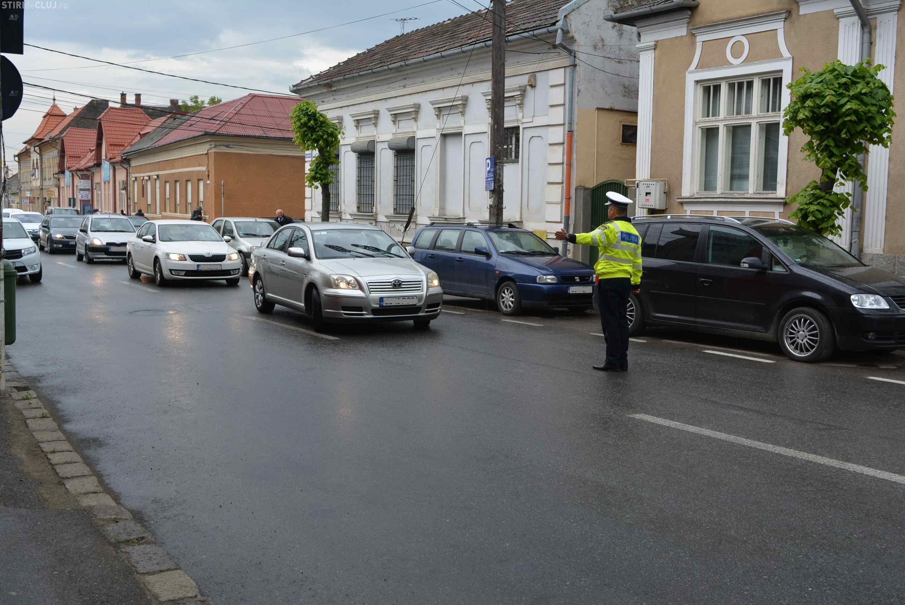 Sute de amenzi aplicate de polițiștii clujeni, în mai puțin de 24 de ore. Care sunt celemai des întâlnite infracțiuni