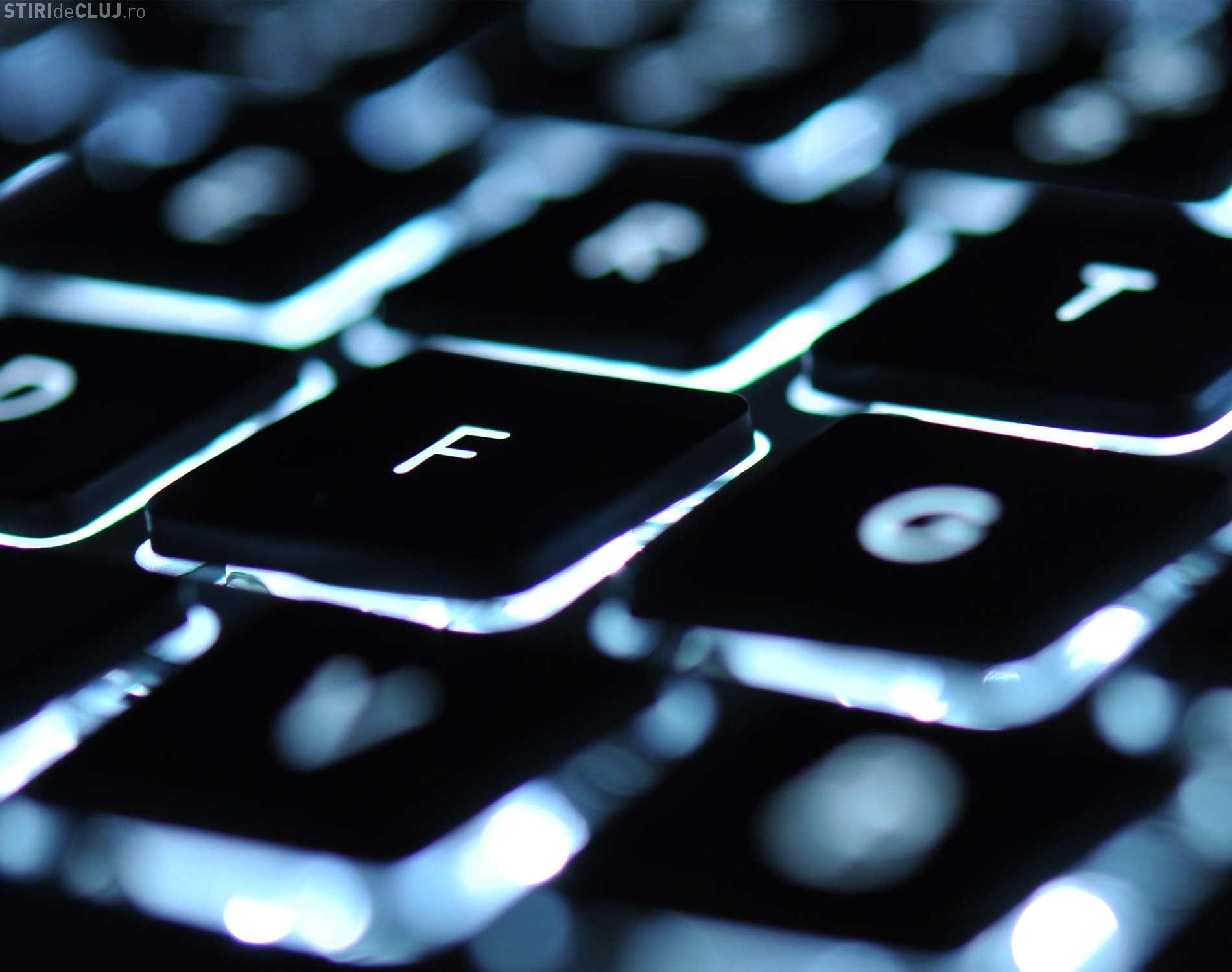"""Un român care şi-a """"vândut"""" soţia pe Internet a fost arestat"""
