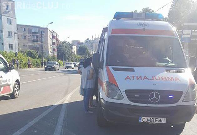 CLUJ: Tineri loviți chiar pe trecerea de pietoni. Șoferul a fugit de la fața locului