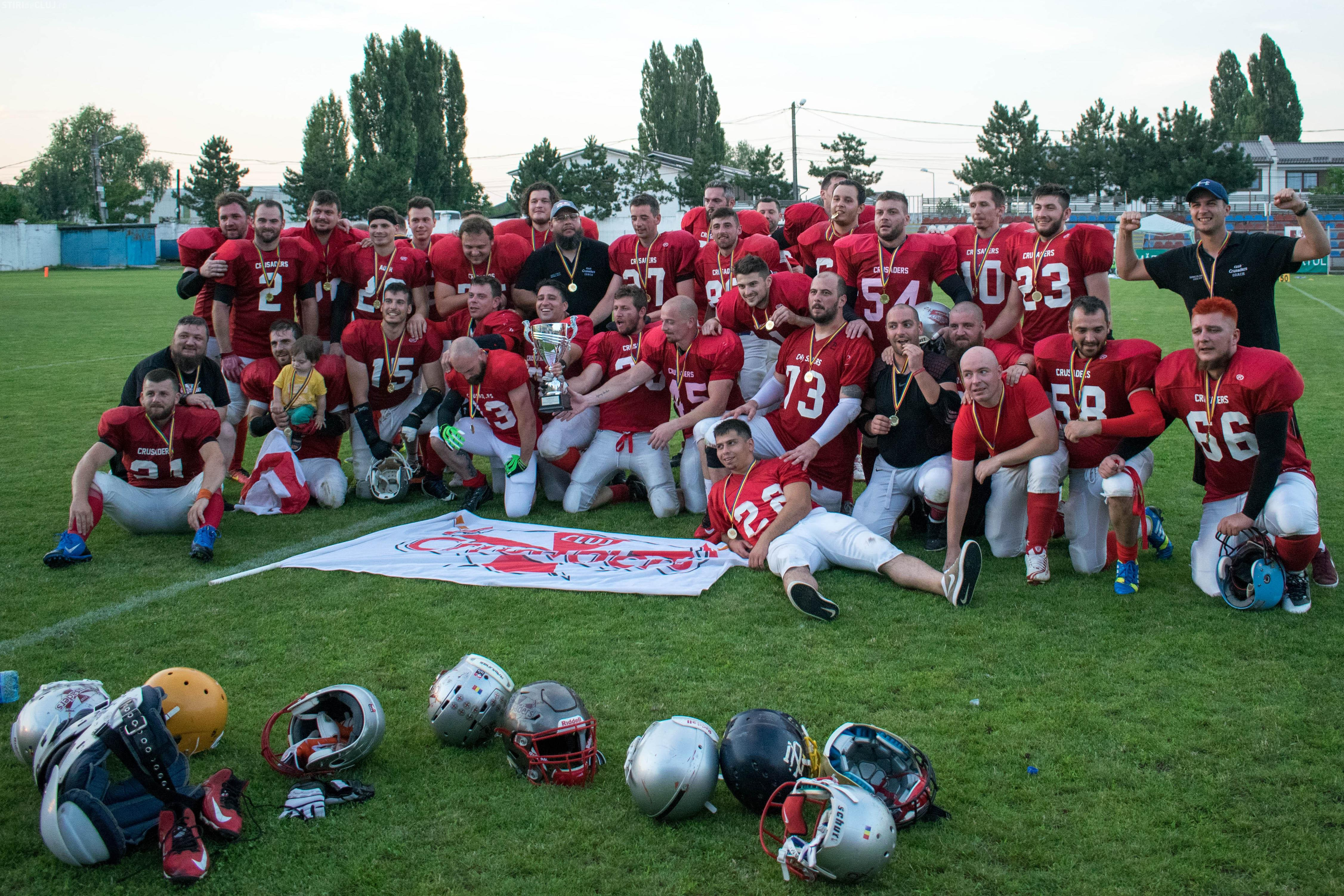 Cluj Crusaders e noua campioană a României la fotbal american FOTO
