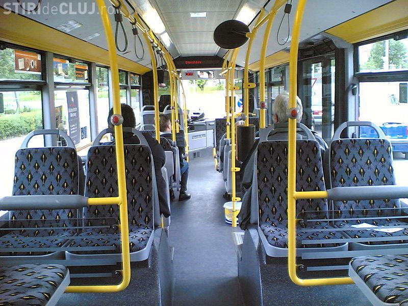 RATB va verifica biletele călătorilor la urcarea în mijloacele de transport. Ar trebui implementată această schimbare și la Cluj?