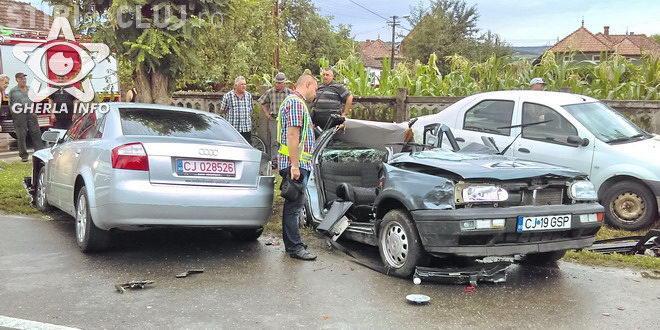 CLUJ: Accident mortal la Gherla! O persoană a murit, iar alte două au fost rănite FOTO
