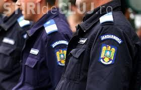 """Jandarmii clujeni, implicați într-o urmărire în trafic, lăsată cu focuri de armă. Un """"puști"""" de 19 ani a pus autoritățile pe jar"""