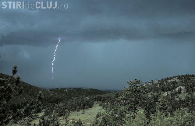 UPDATE/COD PORTOCALIU de furtuni la Cluj! Ce anunță ANM