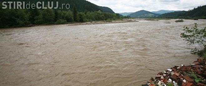 Cod galben de inundații la Cluj. Ce anunță hidrologii
