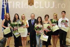 BAC 2017: Elevii de 10, premiați de Primăria Cluj-Napoca. Au primit câte 1.000 de lei