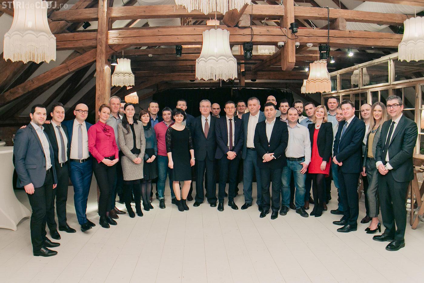 Prima generație EMBA University of Hull va absolvi şcoala de business. Absolvenții de la Cluj au cele mai bune rezultate