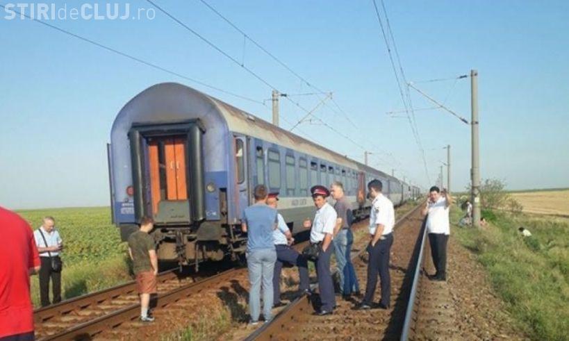 Un tren din România și-a pierdut vagoanele în câmp. Mecanicii și-au dat seama după o oră