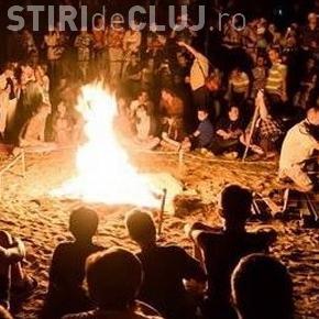 """Începe al doilea weekend al """"Serilor de vară clujene""""! Se anunță două zile de folk și foc de tabără, în Grigorescu"""
