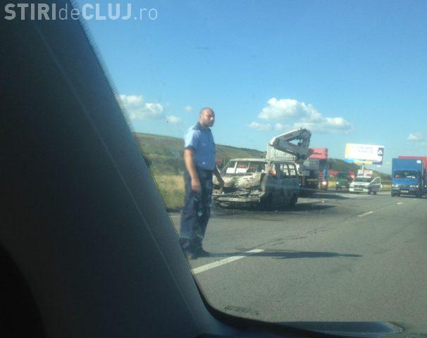 Accident grav în Apahida, lângă OMV, pe centură. O mașină a luat foc - VIDEO