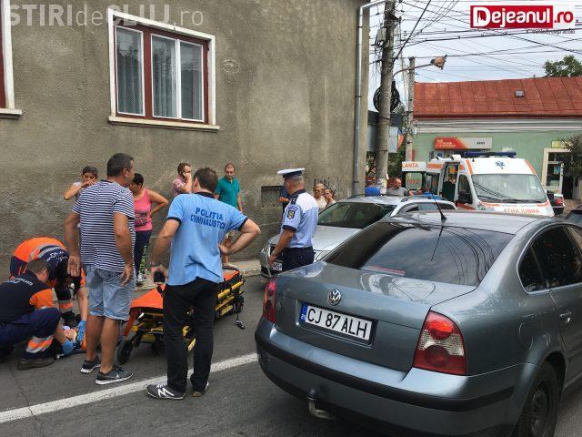 CLUJ: Femeie ruptă de beată lovită de autoturism la Dej. Încerca să traverseze neregulamentar strada VIDEO