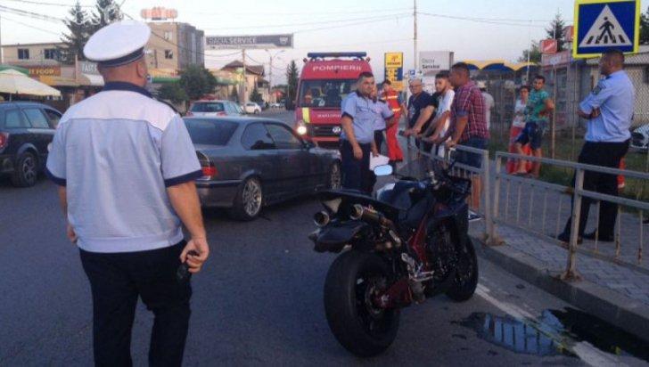 Trei romi au șicanat în trafic un motociclist, luptător K1. Ce a urmat nu le-a plăcut - VIDEO