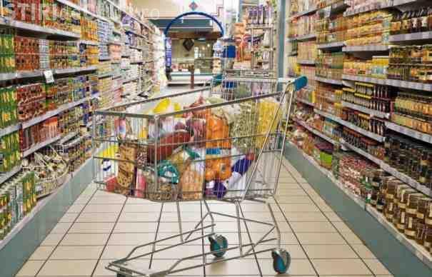 """UE va investiga scandalul standardelor duble la alimente: """"Este inacceptabil"""""""
