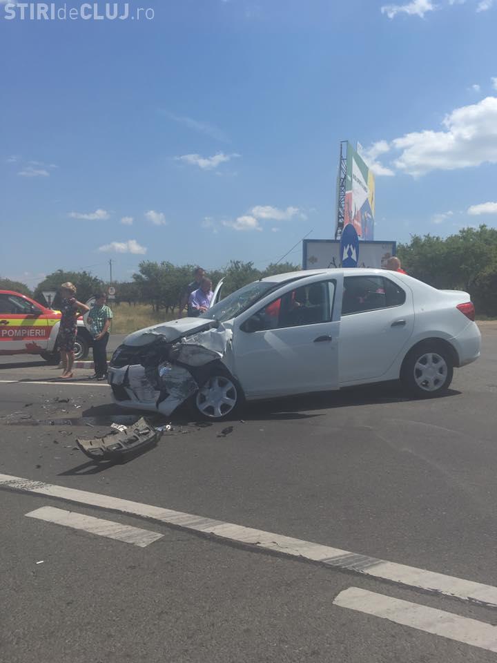 Accident în Feleac: Nepăstrarea distanței regulamentare în trafic - FOTO