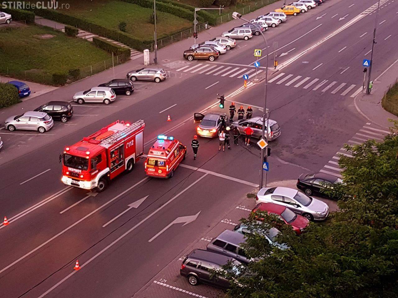 Accident pe Calea Florești. S-au lovit la ora 5.40, când traficul era scăzut - FOTO