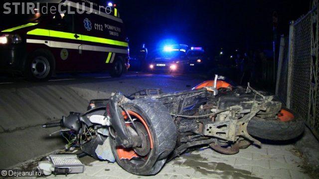 CLUJ: Accident grav la Viile Dejului! Un scuterist a intrat direct într-un podeț VIDEO