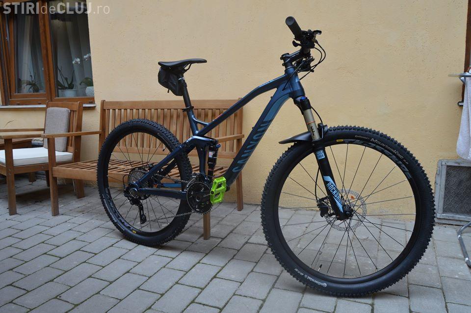 Bicicletă scumpă furată de la The Office. Hoții sunt deja profesioniști și aleg ce fură - VIDEO