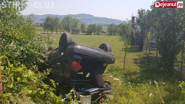 Accident grav la Gherla! Un tată și fiul său s-au răsturnat cu mașina VIDEO