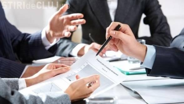 Studiu: Angajaţii dispreţuiesc locul de muncă de la vârsta de 35 de ani