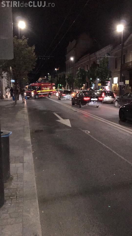 Pieton lovit de autobuz în centrul Clujului! Încerca să traverseze strada FOTO