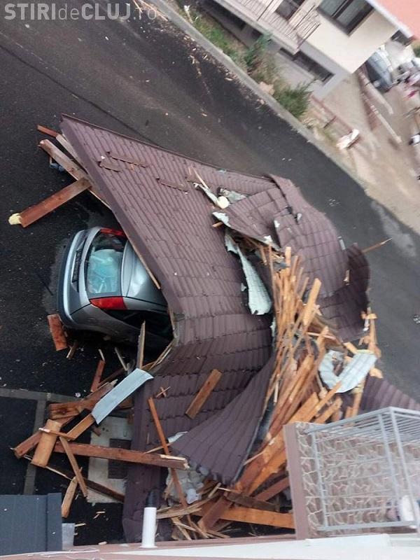 În Florești vântul a suflat cu 170 km/h. Pe strada Tineretului a spulberat mansarda: Au rămas numai cu pardoseala