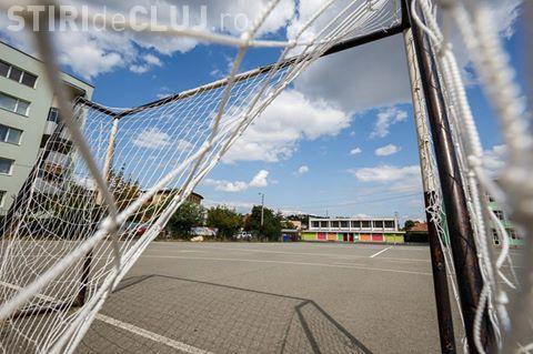 CLUJ-NAPOCA: 20 de curți ale școlilor și terenurile de sport aferente acestora au fost modernizate FOTO
