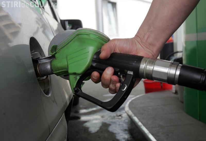 Carburanții se scumpesc cu 0,32 lei pe litru. Vor creşte în două etape