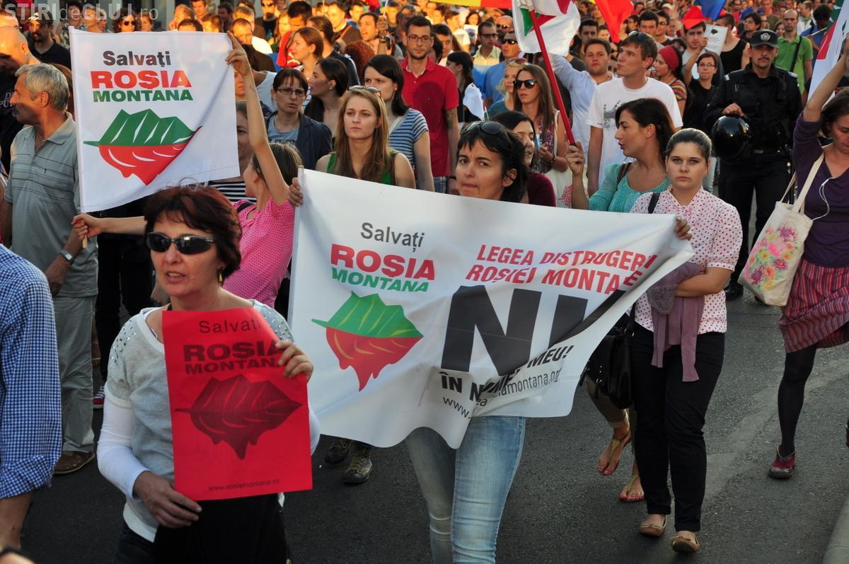 Numai 200 de clujeni au protestat pentru salvarea Roşia Montană
