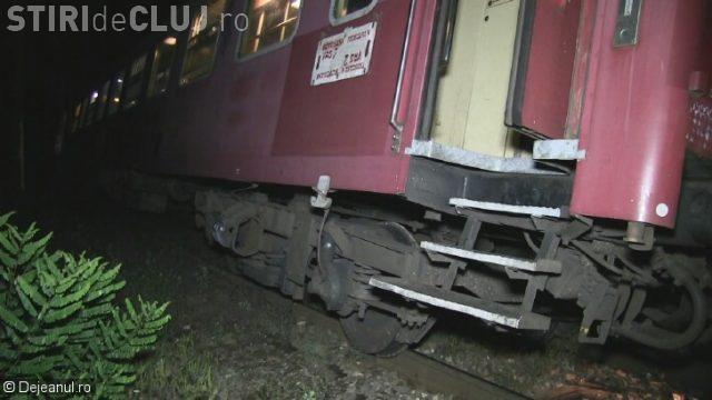 CLUJ: Tren cu 200 de pasageri, deraiat la ieșire din Dej VIDEO