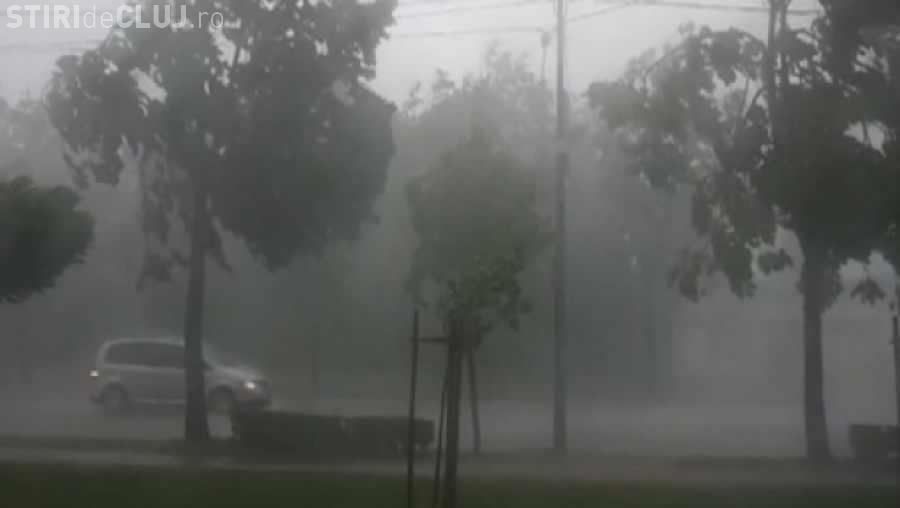 Alertă a meteorologilor din Cluj. Urmează furtuna