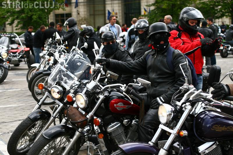 Amendă URIAȘĂ pentru un motociclist. De ce a fost sancţionat acesta - VIDEO
