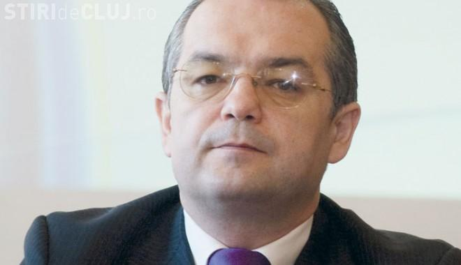 Top salarii primari din România. Ce leafă are Emil Boc