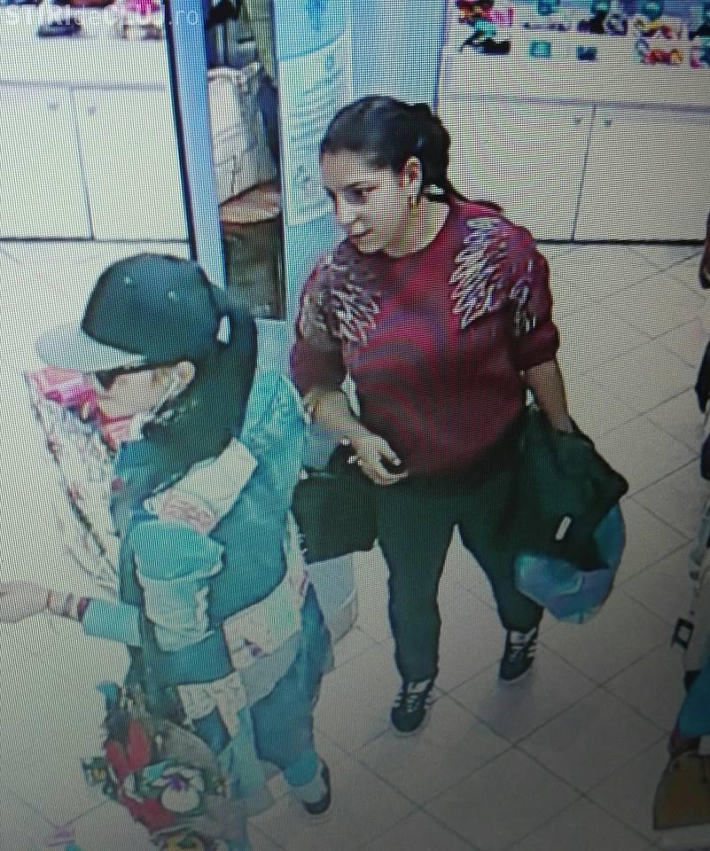 Cluj: Cum fură două domnișoare dintr-un magazin din Mărăști - VIDEO