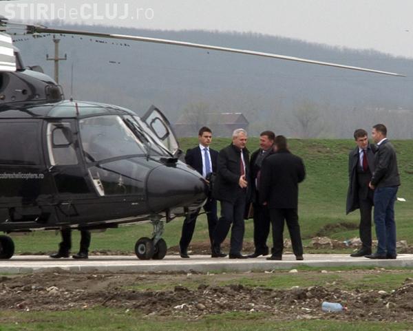 """Dragnea s-a dus la Ţebea cu elicopterul: """"L-am plătit eu"""". A evitat traficul infernal"""