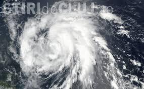 """Un nou uragan face ravagii în Caraibe. Dominica a fost """"măturată"""" de uraganul Maria"""
